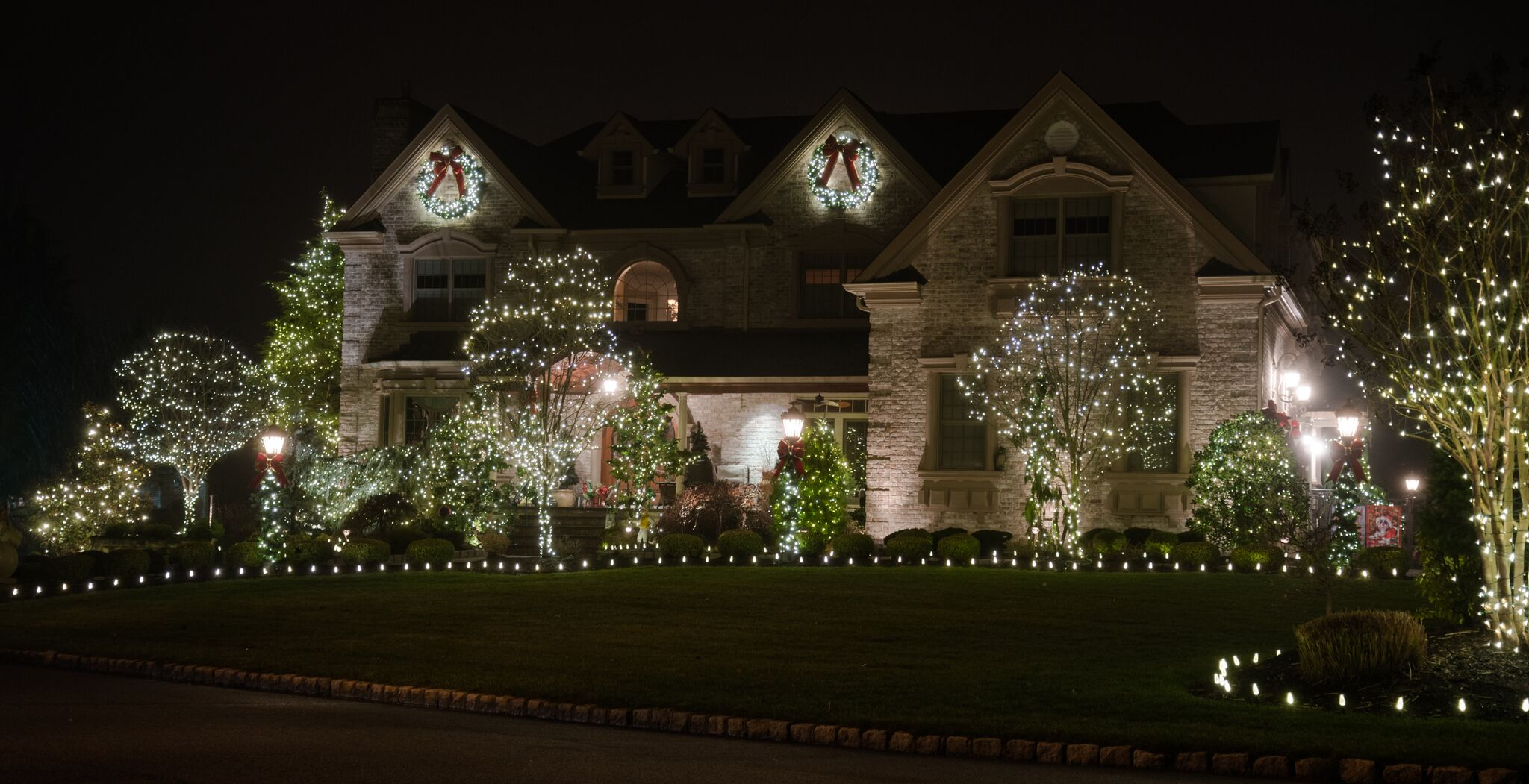Christmas Decor of New Jersey